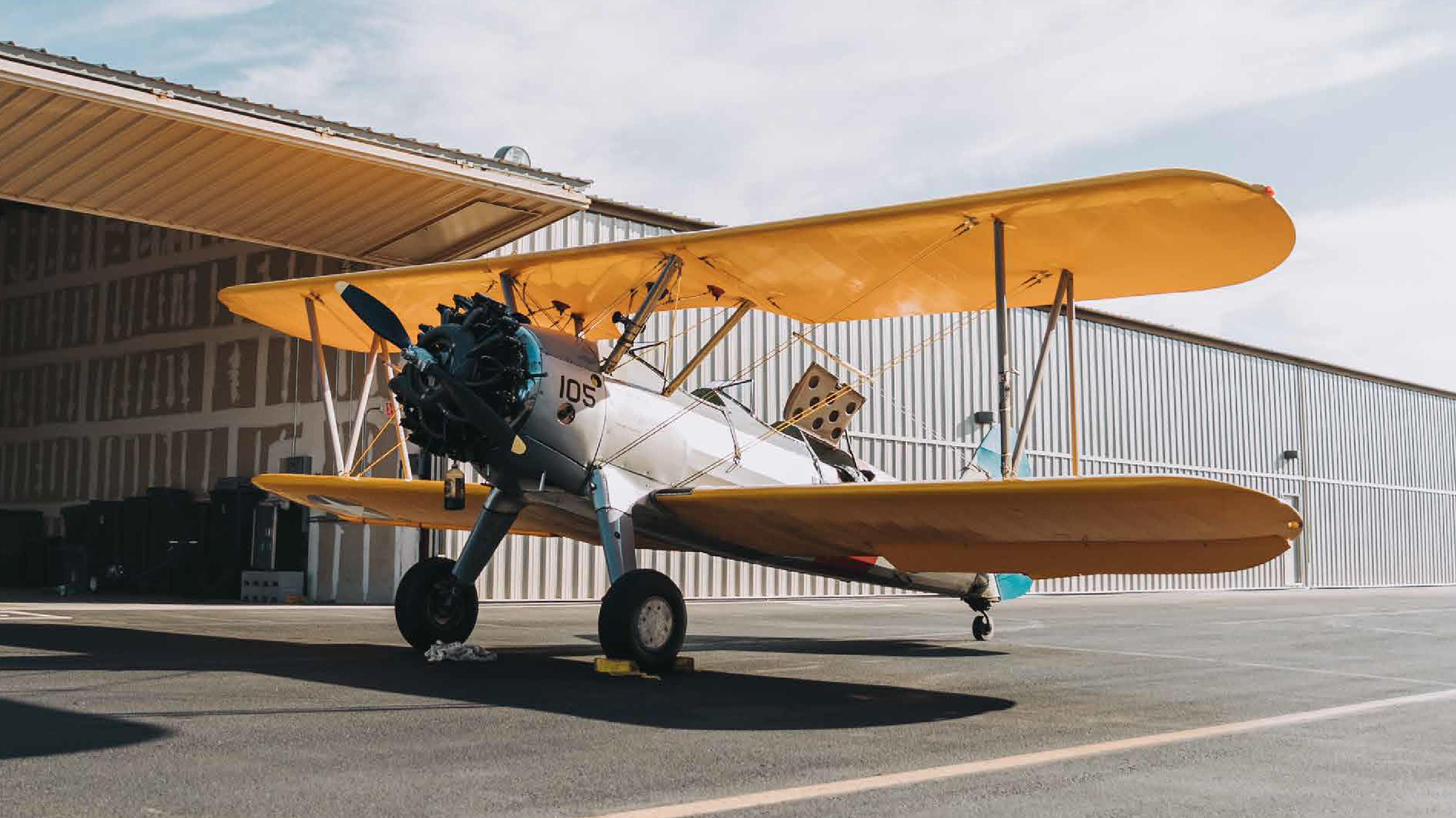 hangar-01